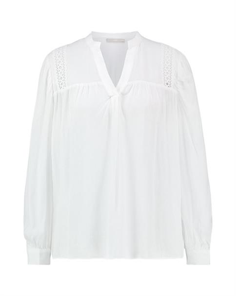 Aaiko blouse AMIRA VIS 503 in het Offwhite