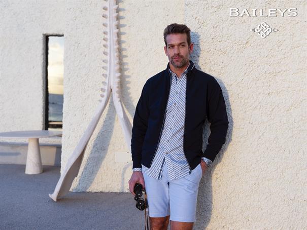 Baileys vesten Regular Fit 10-2240 in het Donker Blauw