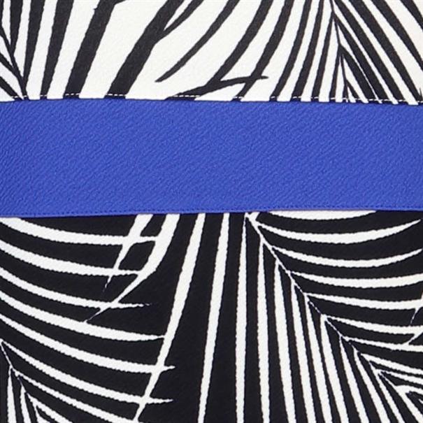 Batida jurk 8449 in het Kobalt