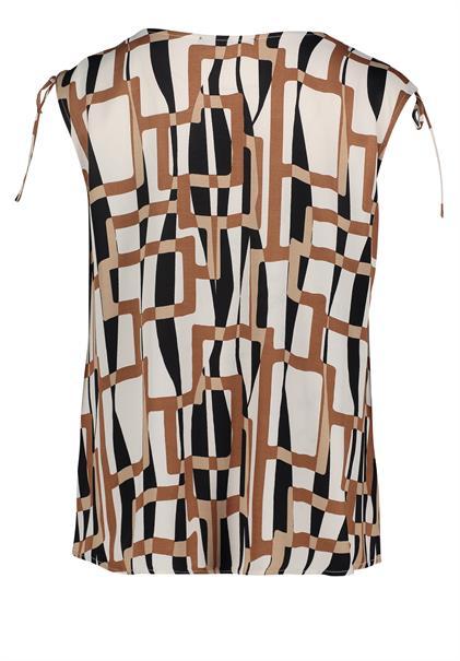 Betty Barclay blouse 8352-2303 in het Beige