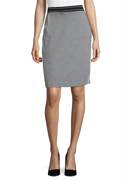 Betty Barclay midi rok 5716-0591 in het Zwart / Wit