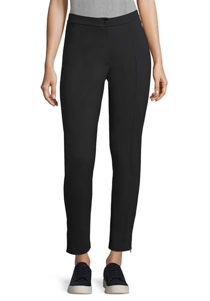 Betty Barclay pantalons 5609-0615 in het Zwart