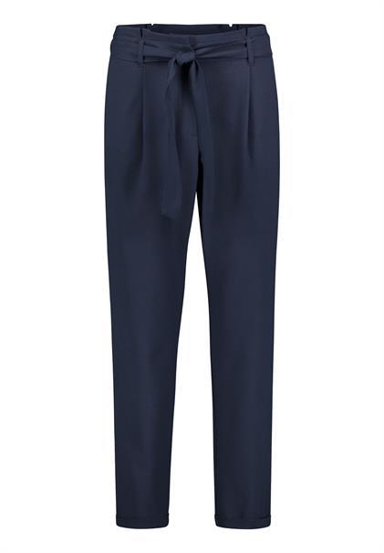 Betty Barclay pantalons 6027-1086 in het Marine