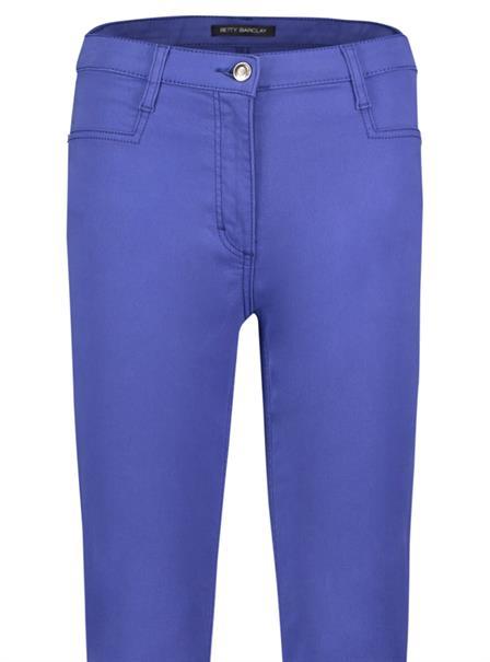 Betty Barclay pantalons 6405-1060 in het Marine