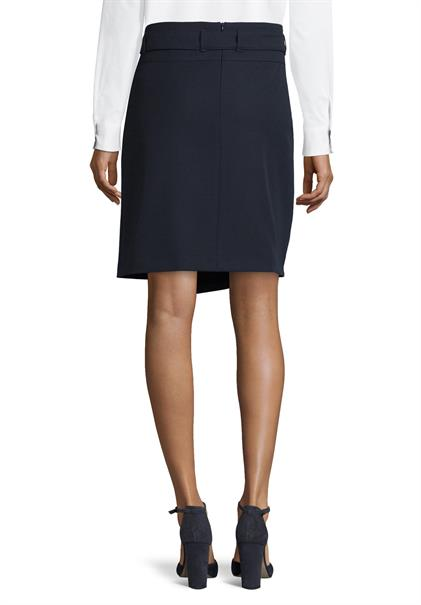 Betty Barclay rok 9003-1055 in het Marine