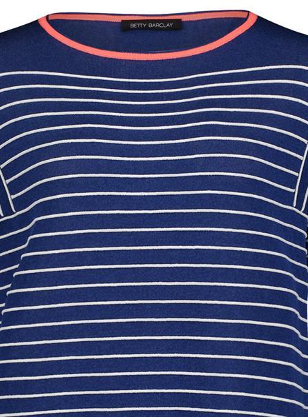 Betty Barclay trui 5456-2287 in het Hemels Blauw