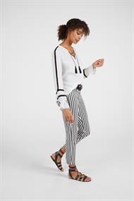 Expresso blouse 201darosa in het Wit.