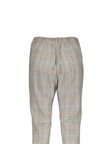 Geisha pantalons 11593-24 in het Oker