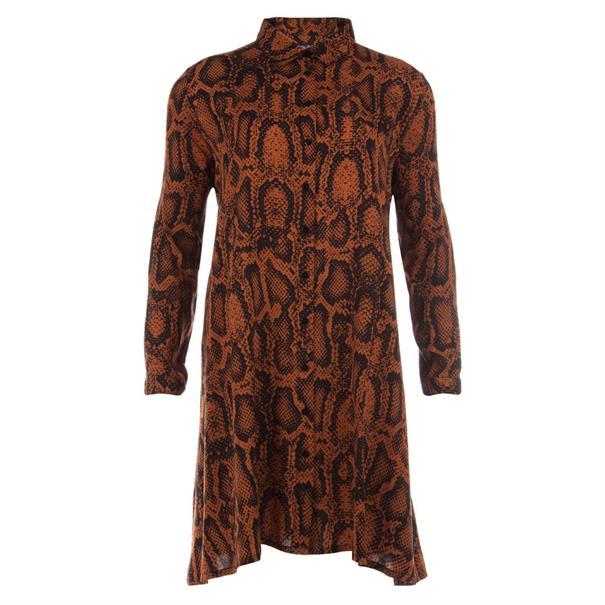 Juffrouw Jansen jurk indy-w19 in het Camel