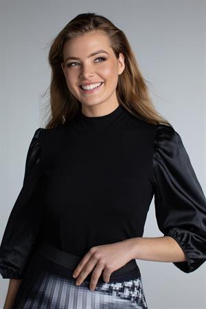Juffrouw Jansen t-shirts bea in het Zwart
