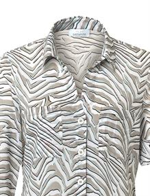 Just White blouse 43826 in het Kaky