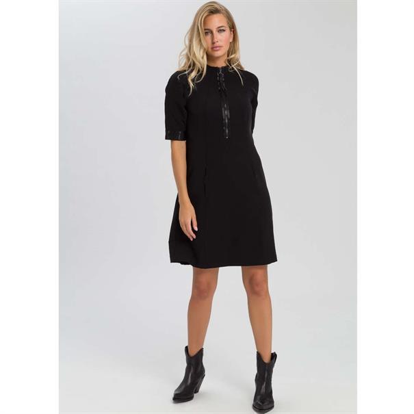 Marc Aurel jurk 66192000-92743 in het Zwart