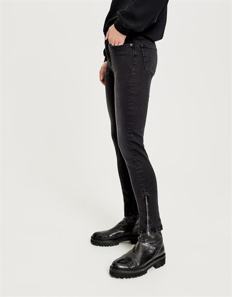 Opus jeans 246625893 in het Zwart