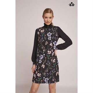 Tramontana jurk e05-89-501 in het Zwart