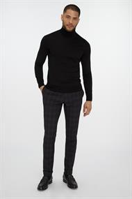 Van Gils truien W11673 in het Zwart